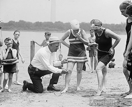 Measuring bathing suits, 1922