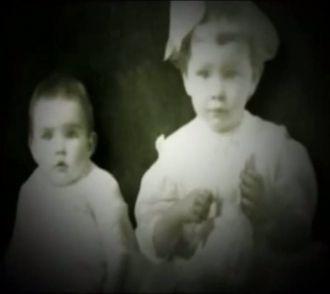Susan & Amy Pearl