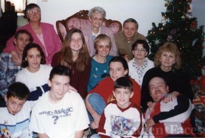 Juanita Bennett family Christmas 1995