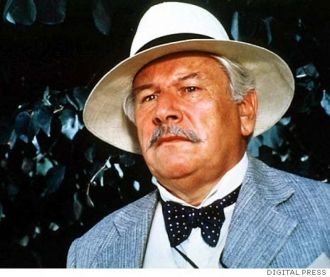 Peter Ustinov as Poirrot.