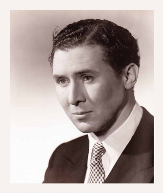 A photo of Anthony Quayle
