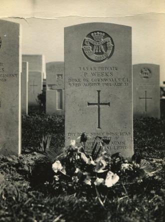 Percy  Weeks gravesite