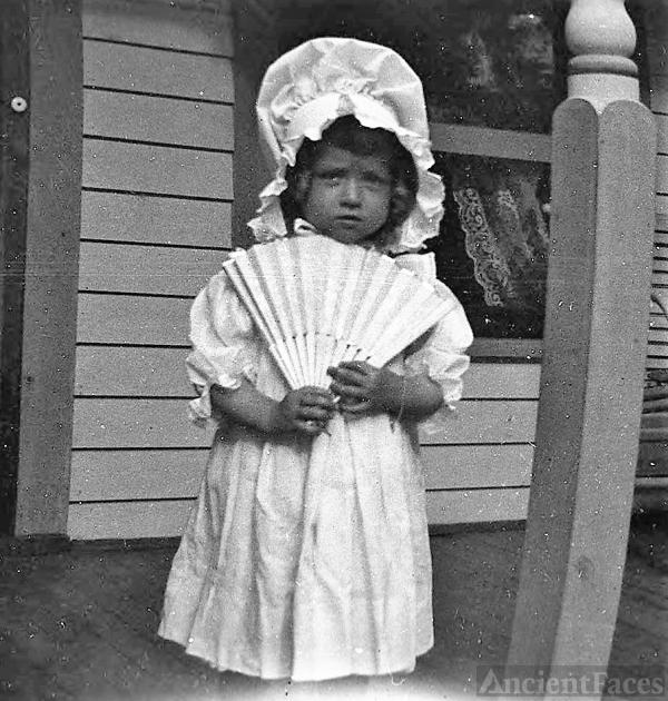 Unknown Girl, MO