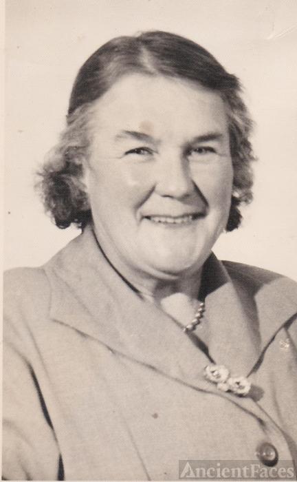 Nora Valentine Willcocks