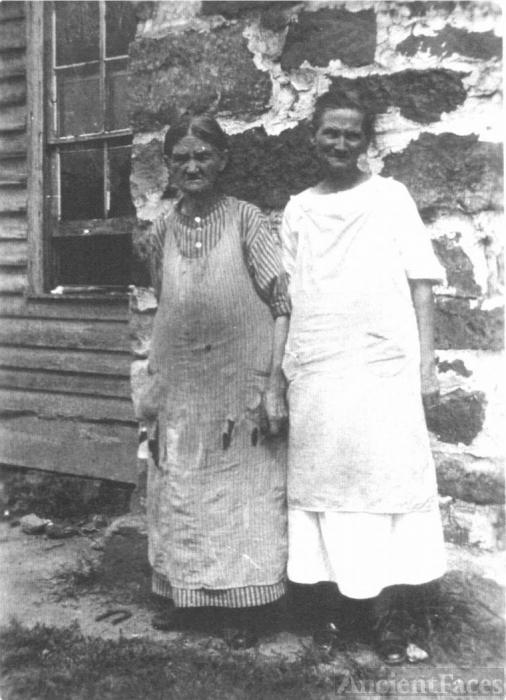 Sally Ann & Mary Melinda Goats