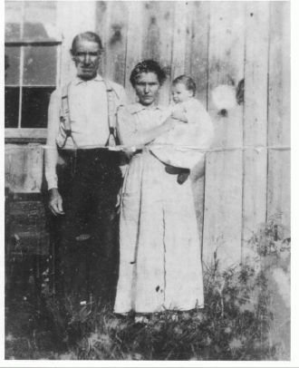 NIcholas Reynolds & Family
