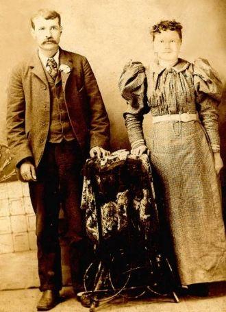 Benjamin Franklin and Clara Gertrude Morgan Hardiman, OK 1890's