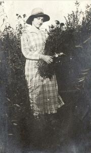 Mona Metcalf