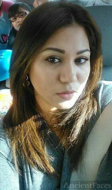 Claudia G. (Flores) Caldera