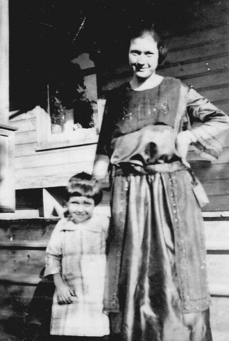 Thelma and Mabel Heckman