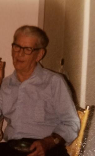 Earl H Robinson