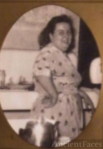 Olga B Lucas
