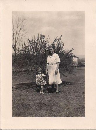 Ruth & Helen Bennet Martz