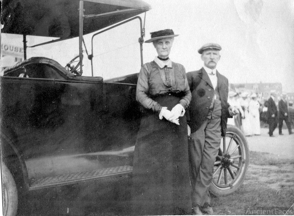 Thomas and Mary Ashenden