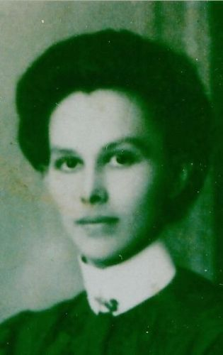 Annie Mommand Ennis