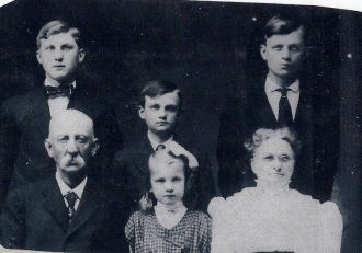 Franklin and Flora Holcomb Family