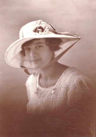 A photo of Evelyn Mary (Tracy) Harris
