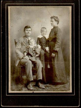 Martin, Ethyl, Sadie, & Marion Andersen, 1895