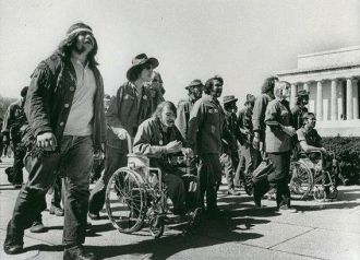 Vietnam Veterans Protest War