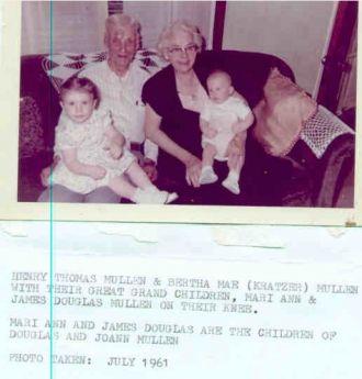 H.T.,Bertha(Kratzer), & G/grandchildren