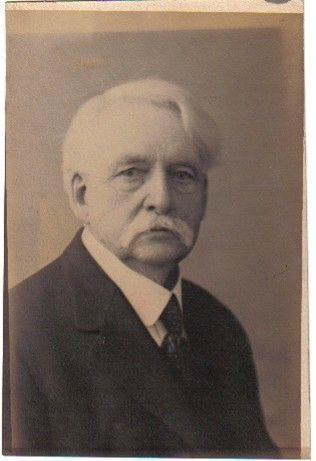 William E McMurray