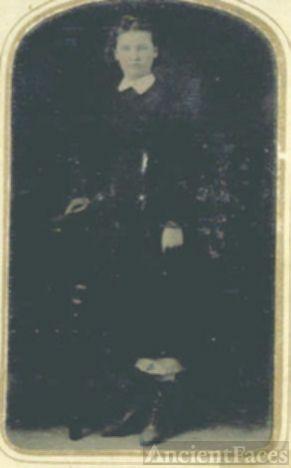 Bettie RAbb