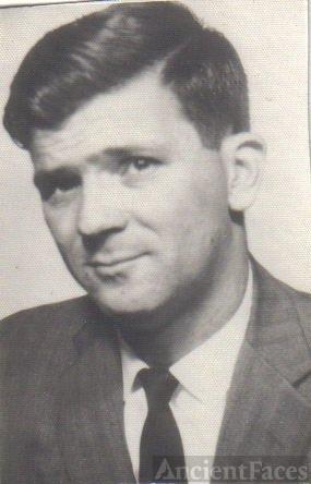 Leslie H Spurlock