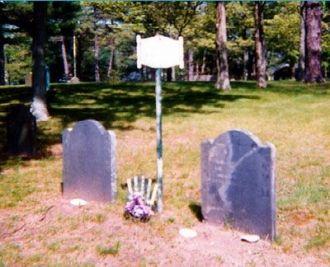 John Alden & Priscilla Mullins gravesites