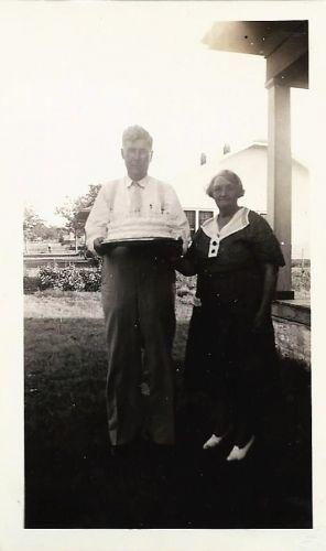 Eugene & Cora Ruth (Faris) Huser