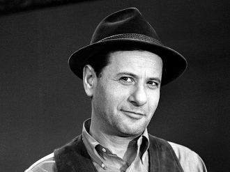 A photo of Eli Wallach