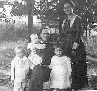 Wesley W. Goss family