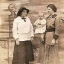 Helen LaFevers, Beulah Floyd, Grace Claxton
