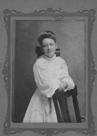 A photo of Pearl Williams