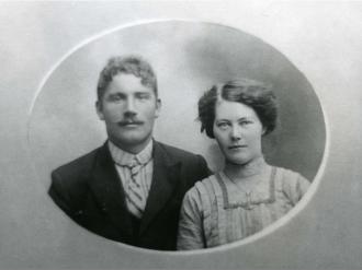 Daniel and Amanda (Svendsen) Jorgensen