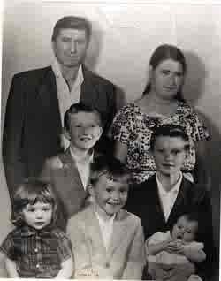 Oscar & Anna Boone Family WI 1961