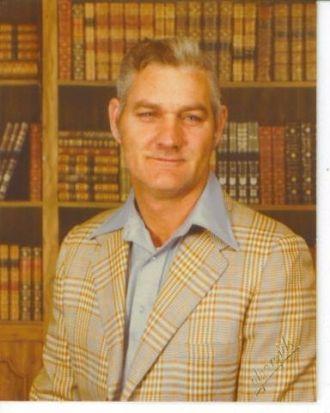Charles E Lamb