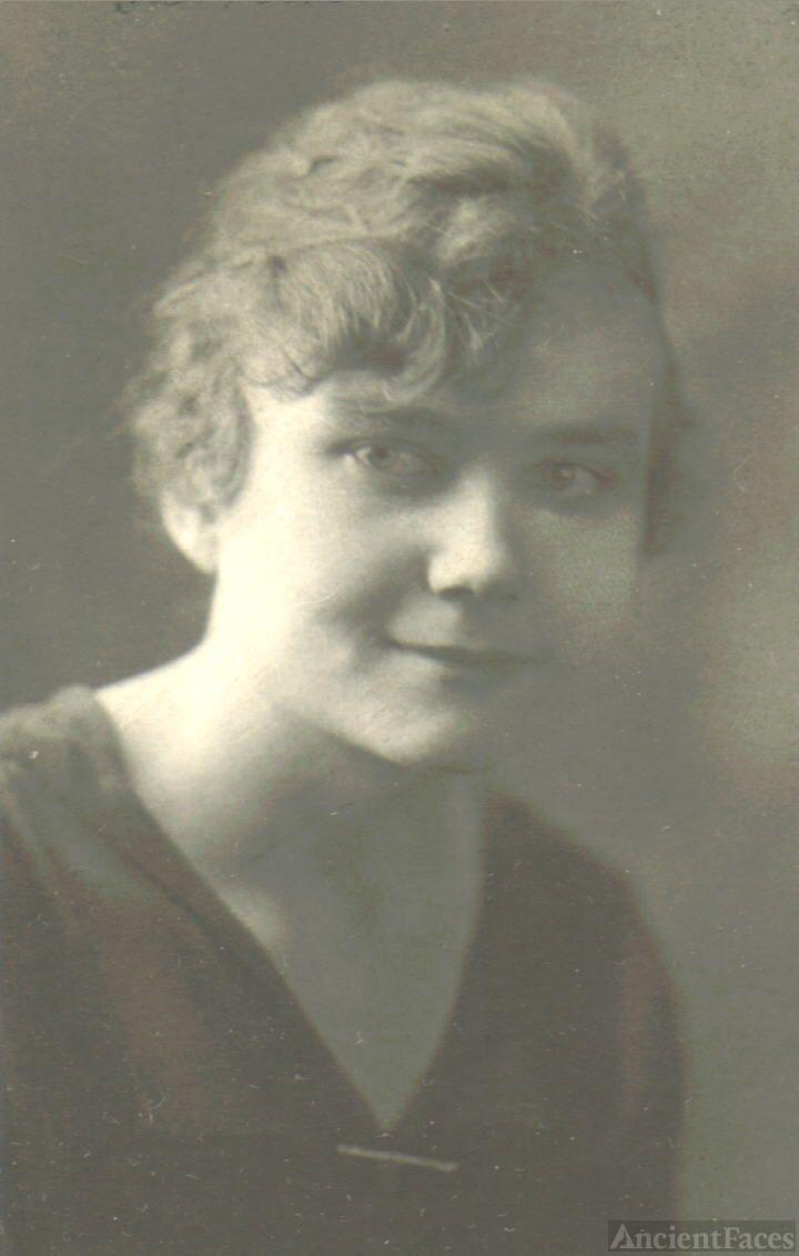 Florence Esther WEBB