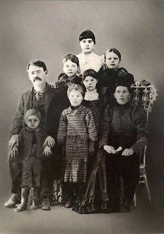 Jim Wallace, Mariah Alabama Jones Family