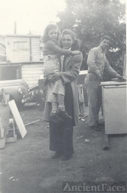 Ben, Lorraine, and Carole Nelson