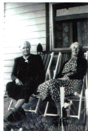 Jessie and Jean Todd