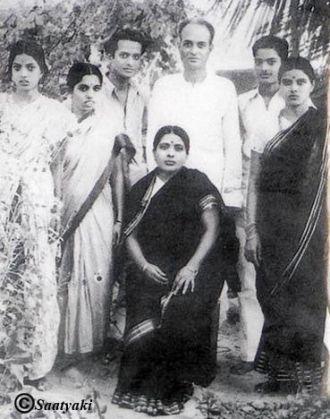 Seshendra Sharma family