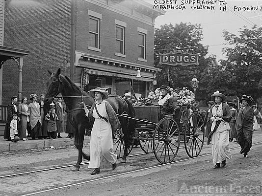 Oldest suffragette - Mrs. Rhoda Glover