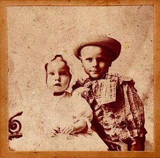 Lloyd & George Benning, 1898 Iowa
