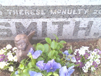 Therese Golden McNulty Gravesote