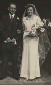 Maurice & Beatrice (Meyrick) Owen, UK 1937