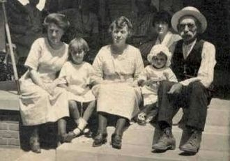 George Pelham and family
