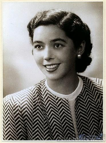 Joan Winifred Bates