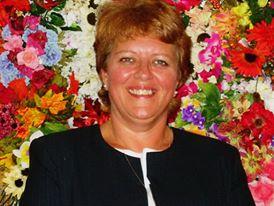 Vicki M (Laprath) Tanner