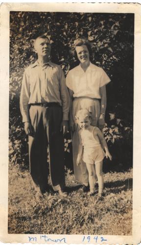 Family 1942