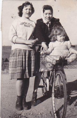 Margaret & Gladys Ekleberry